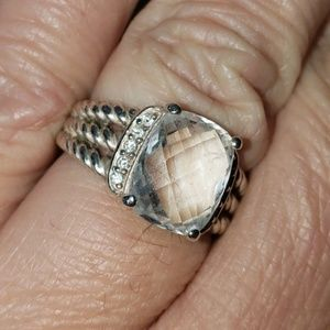 David Yurman Jewelry - David Yurman petite Wheaton white topaz